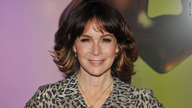 Jennifer Grey to have consultation, not surgery