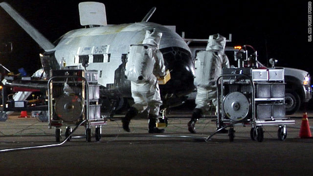 Air Force robot space plane returns