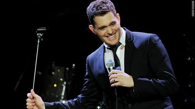 Mom stops Bublé show to give her kid the spotlight