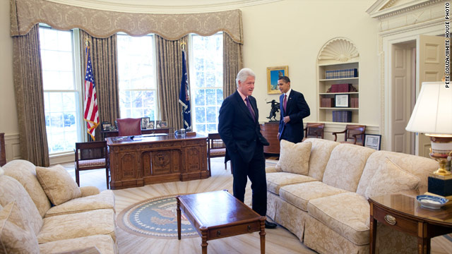 Pres. Clinton, Obama to huddle
