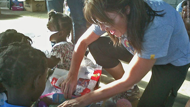 Palin arrives in Haiti with humanitarian delegation