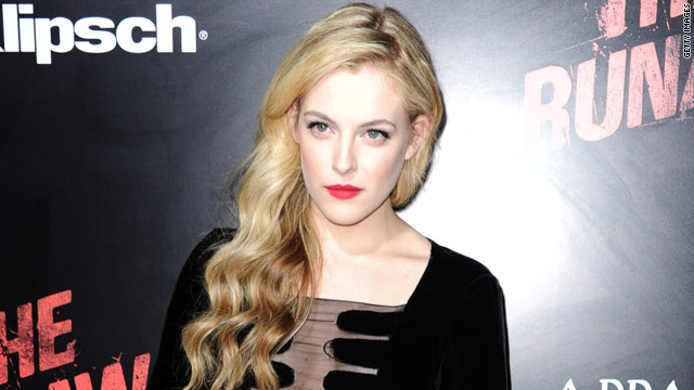 Elvis Presley's granddaughter as 'Snow White'?