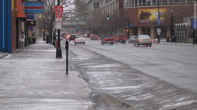 Warming temps in South, but winter storm hammers upper Plains