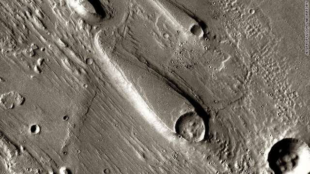 Mars explorer breaks longevity record