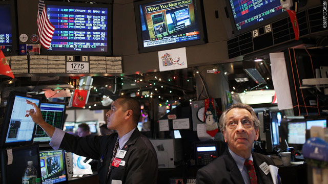 Stocks, oil prices hit highs as investors wind down 2010