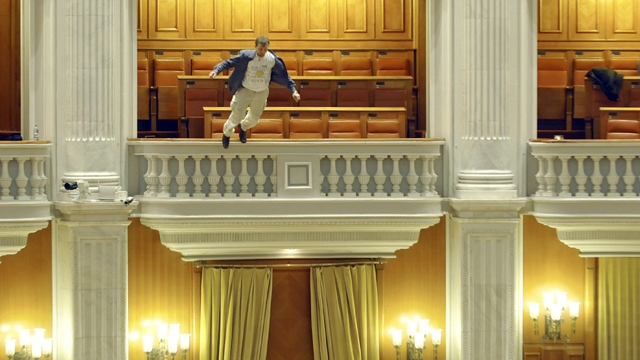 Gotta watch: parliament plunge; granny robber; surfing Santa; seismic state