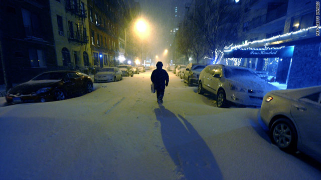 Winter storm warnings issued along East Coast