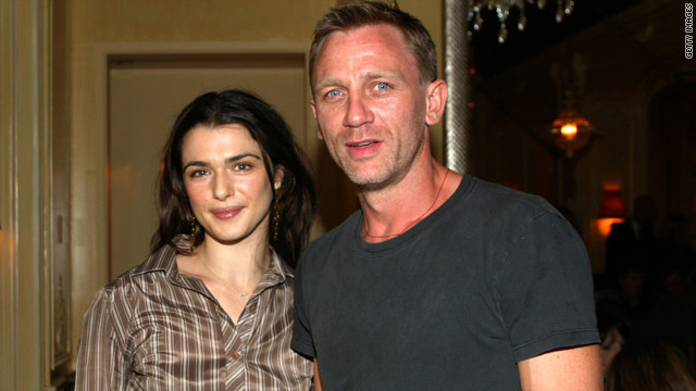 Daniel Craig spends the holidays with Rachel Weisz