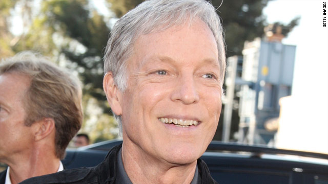 Richard Chamberlain: Stay in the closet