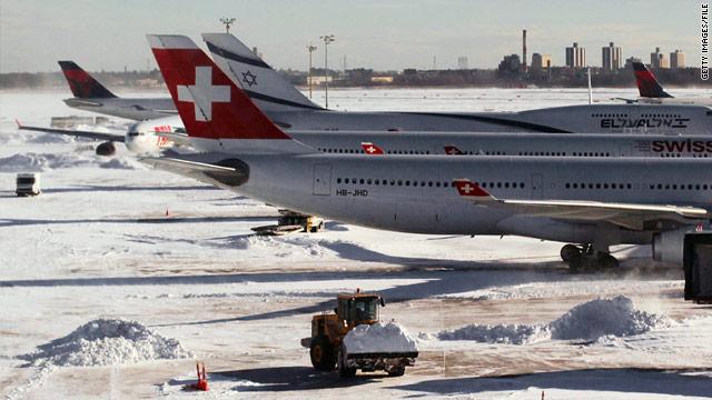 Passengers endure delays of up to 7 hours on JFK tarmac