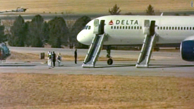 Delta flight makes emergency landing