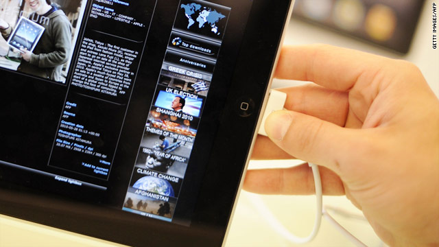 Rumors suggest new Apple touchscreen gestures make it possible to eliminate the home button from the iPad and iPhone.
