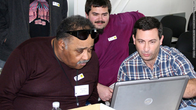 Jerry Lawson (left) in 2006, at the Vintage Computer Festival in Mountain View, California.