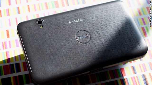 We got our hands on the Dell Streak 7, and our first impressions are generally positive.