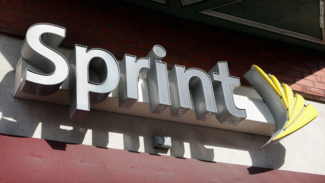 There are rumors spreading that Sprint and the struggling T-Mobile may merge.