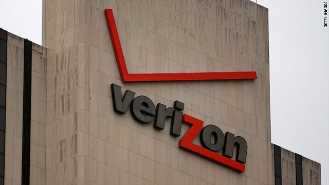 "Verizon says it determined the cause of the network connection issue and is ""continuing to work to restore connections."""