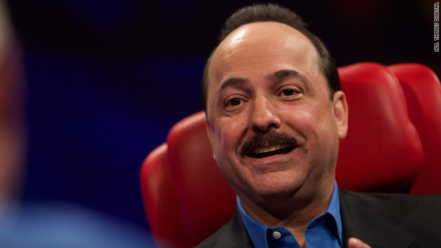 """We're doing something that I don't think has been done ... anywhere in the world,"" AT&T's Ralph de la Vega says."