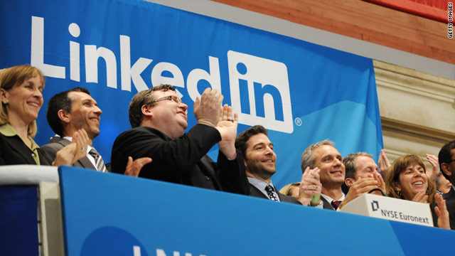 LinkedIn had 33.9 million unique visitors in June, an increase of about half a million from the month before.