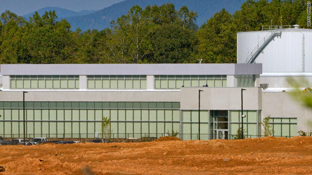 Data centers like Apple's 500,000-square-foot facility being built in North Carolina burn tons of energy, Greenpeace says.