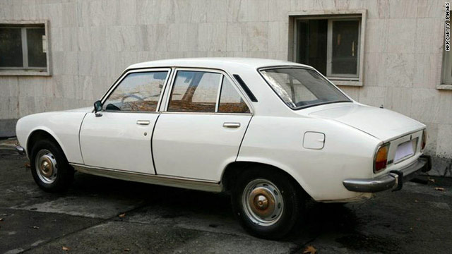 Reports: $1M bid placed for Ahmadinejad's 1977 sedan