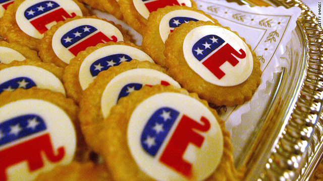Major endorsement in battle between GOP official and Tea Party organizer