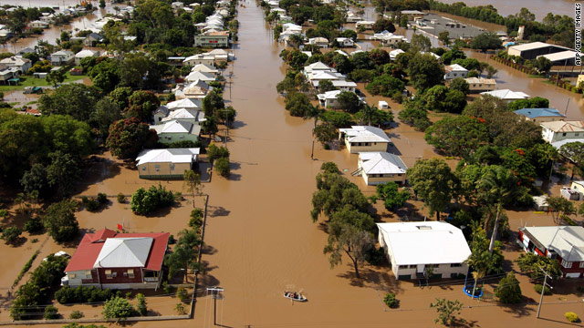 Australian towns brace for more flooding; death toll rises