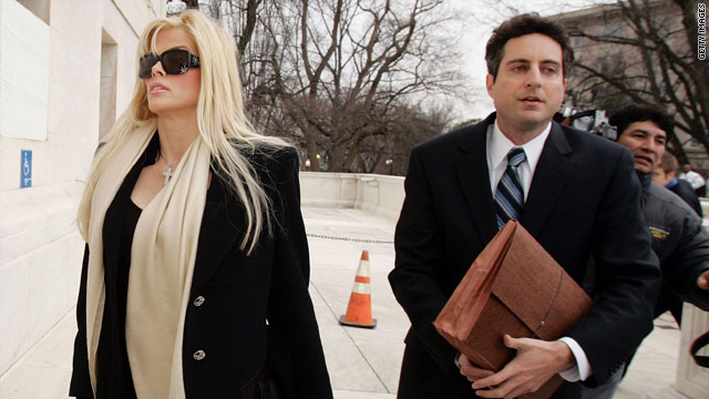 Judge sets aside convictions in Anna Nicole Smith case