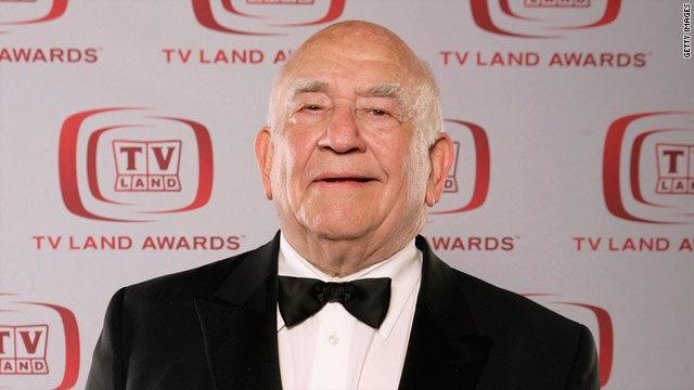Ed Asner disses Cloris Leachman, Betty White