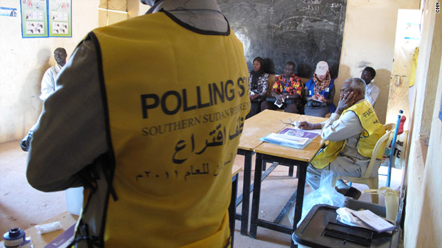 Southern Sudan voting starts smoothly