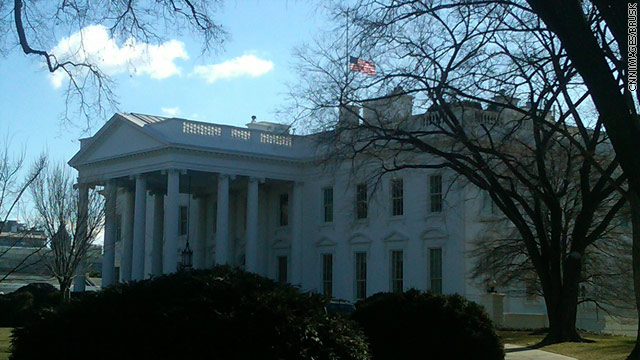 Picture: Flag lowered at White House