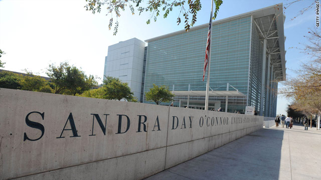 Arizona federal court judges won't hear shooting case