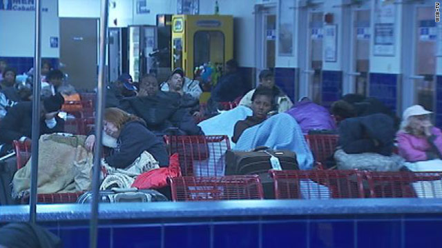 Stranded bus riders go hungry for 24 hours