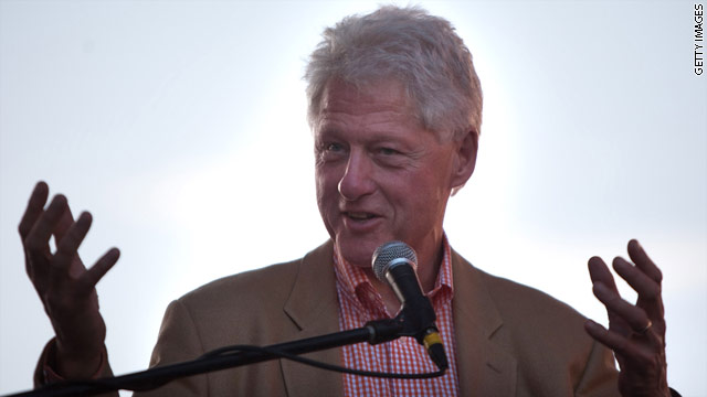 Bill Clinton to Chicago Tuesday