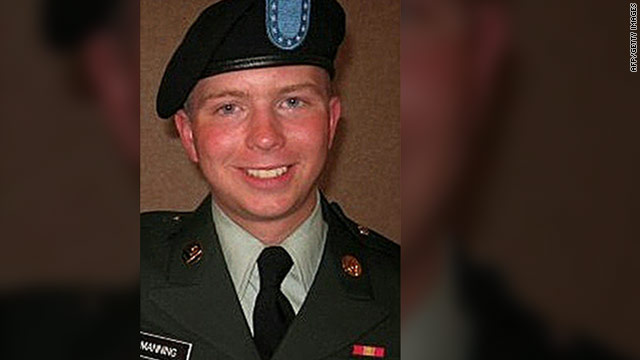 Defense: Military failed to heed warnings Manning was unstable