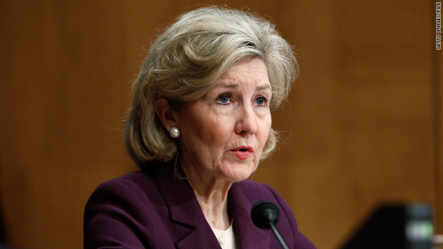 Hutchison won't seek reelection in 2012