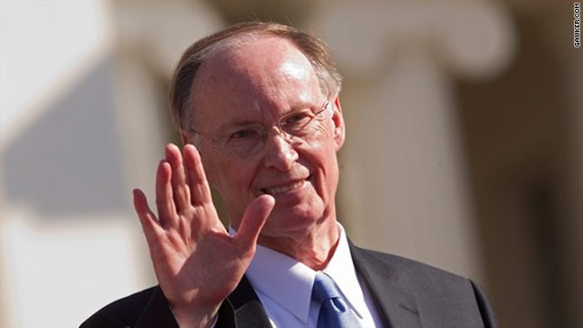 Alabama governor says he's voting for Santorum, not endorsing him