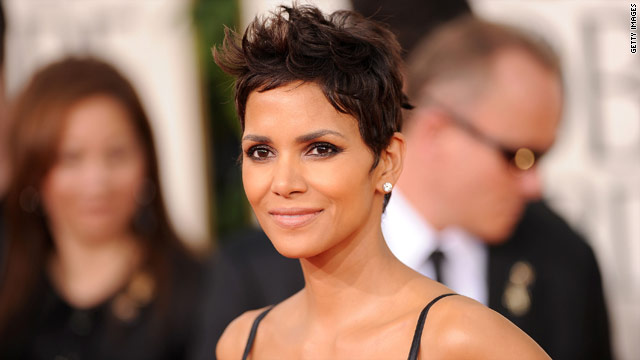 Halle Berry would 'entertain the idea' of playing Queen of Soul