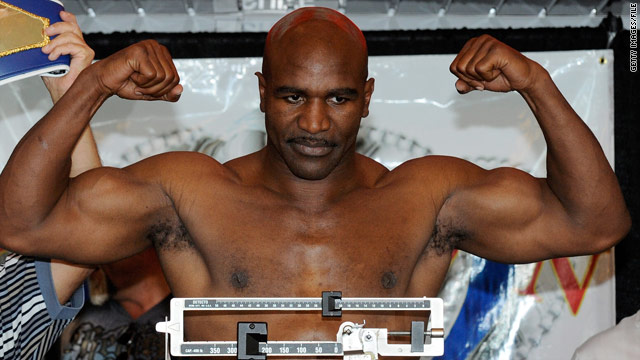 Holyfield: I want to be heavyweight champion again