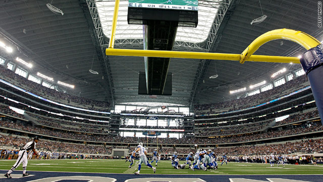 Outdoor tickets could lead to Super Bowl attendance record