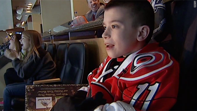 Family of ill young fan to sell house, move to stay close to team