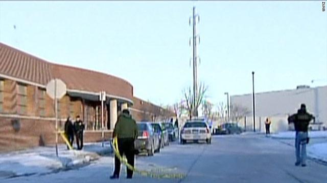 4 shot in Detroit police precinct; suspect dead