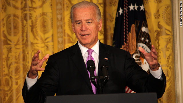 Biden reports for jury duty