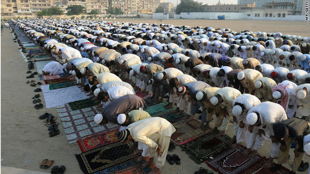 World Muslim population doubling, report projects