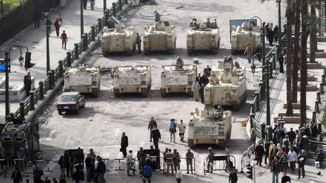 Protests continue as tanks roll into Cairo's Tahrir Square