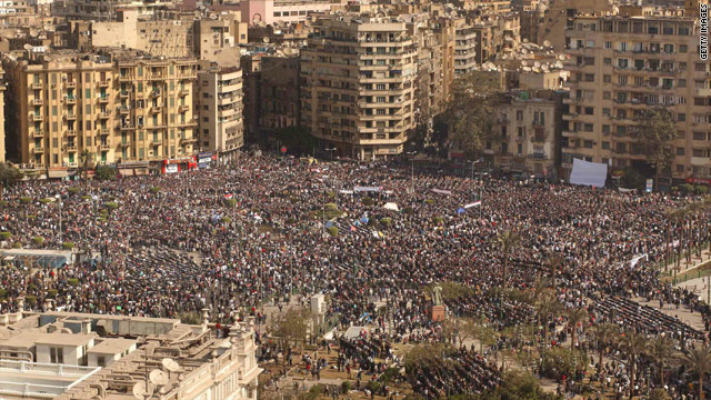 Updates from Egypt: Cairo square packed; Amr Moussa ready to 'serve the people'