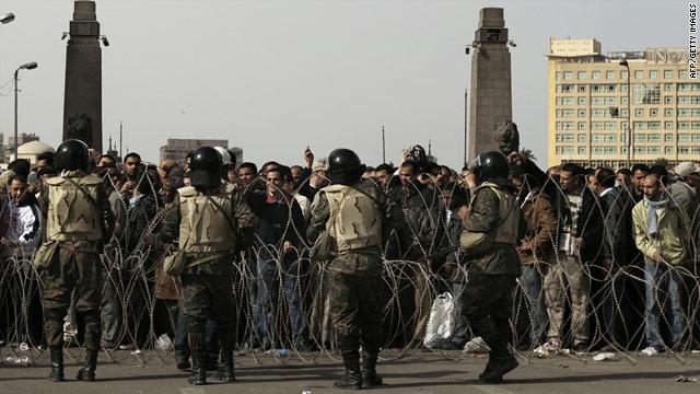 Pushing out Mubarak