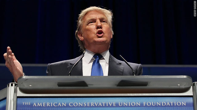 Trump makes surprise stop at CPAC
