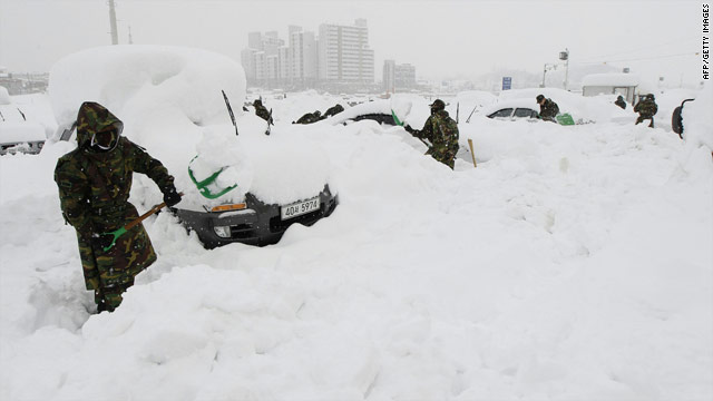 3 feet of snow covers South Korea's eastern coast