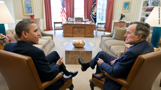 Presidents meet in the Oval Office