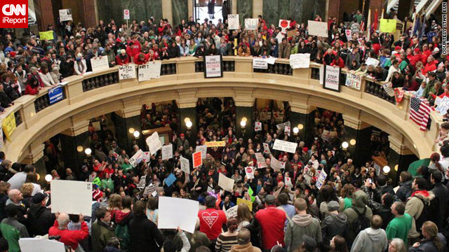 16 Wisconsin lawmakers skip vote on public-worker bill
